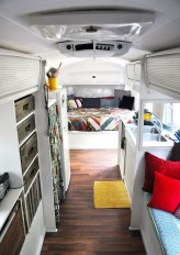 Amazing RV Decorating Designs and Project That You Have To Try 46