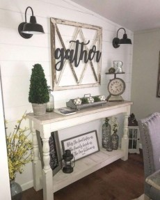 Amazing Rustic Farmhouse Decor Ideas on A Budget 21