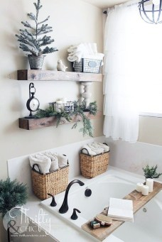 Amazing Rustic Farmhouse Decor Ideas on A Budget 24