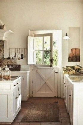 Amazing Rustic Farmhouse Decor Ideas on A Budget 49