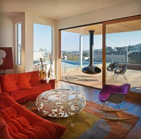 Amazing Small Living Room Design to Make Feel Bigger 11