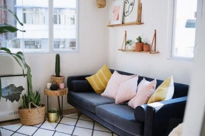 Amazing Small Living Room Design to Make Feel Bigger 23