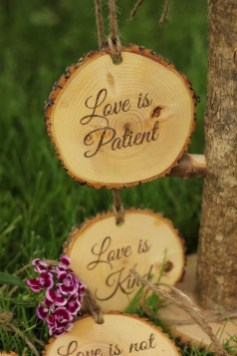 Beautiful Decorations for Your Wedding Decoration with Wooden Slices16
