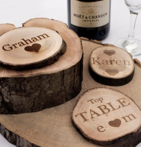 Beautiful Decorations for Your Wedding Decoration with Wooden Slices23