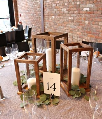 Beautiful Decorations for Your Wedding Decoration with Wooden Slices51