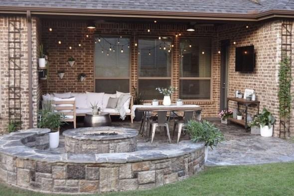 Beautiful Small Backyard Patio Ideas On A Budget 27