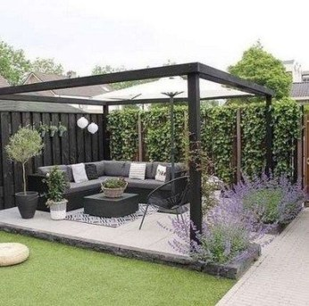 Beautiful Small Backyard Patio Ideas On A Budget 34