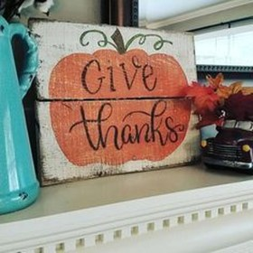 Best Fall Pallet Projects and Design for Your Home on a Budget 31