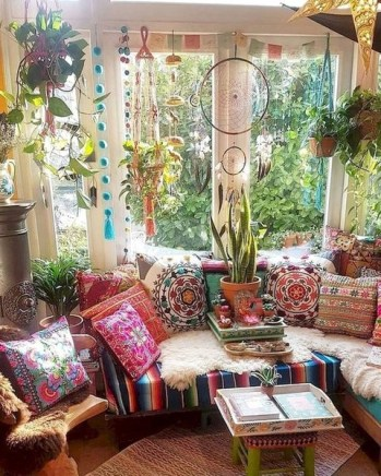 Bohemian Decorating Ideas and Projects to Perfect Your Bohemian Style 16