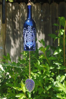 Charming Backyard Ideas Using an Empty Glass Bottle08