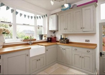 Cozy Kitchen Decorating with Farmhouse Sink Ideas 04