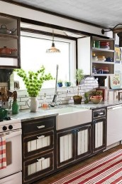 Cozy Kitchen Decorating with Farmhouse Sink Ideas 13