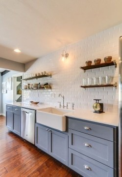 Cozy Kitchen Decorating with Farmhouse Sink Ideas 24