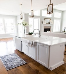 Cozy Kitchen Decorating with Farmhouse Sink Ideas 26