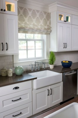 Cozy Kitchen Decorating with Farmhouse Sink Ideas 33