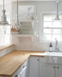 Cozy Kitchen Decorating with Farmhouse Sink Ideas 47