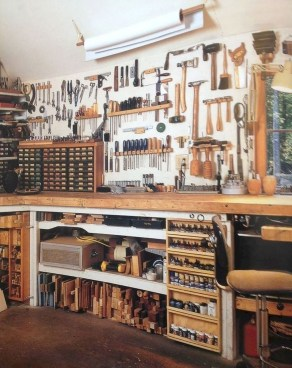 Easy DIY Garage Organization That Will Make Your Home Smell So Good This Fall 36