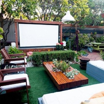 Fabulous DIY Projects To Make Small Backyard More Cozy 33