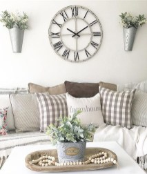 Gorgeous Wall Clock Decoration for Your Small Living Room27
