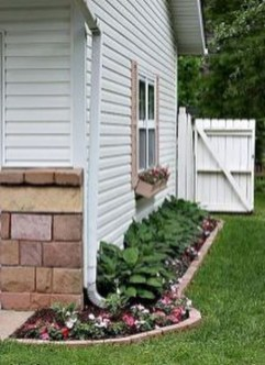 Most Amazing Side Yard Landscaping Ideas to Beautify Your Garden 27