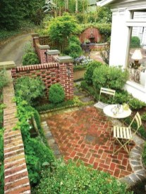 The Design of a Small, Simple Backyard You Must Have 25