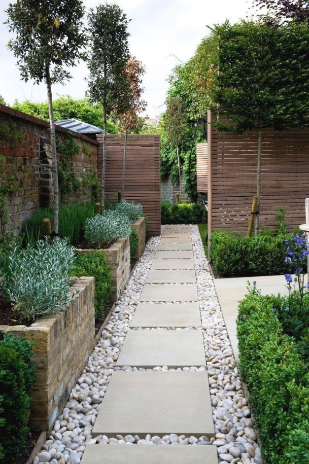The Design of a Small, Simple Backyard You Must Have 32