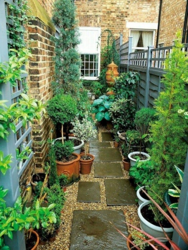 The Design of a Small, Simple Backyard You Must Have 39