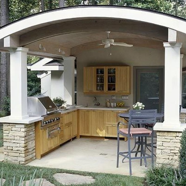 Amazing Outdoor Kitchen Bars to Finish This Summer 01