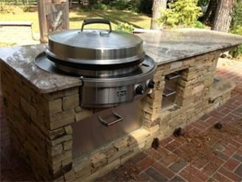 Amazing Outdoor Kitchen Bars to Finish This Summer 29