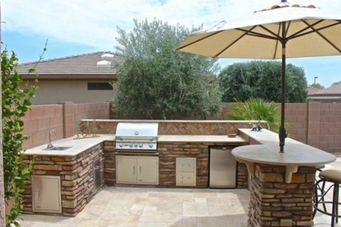 Amazing Outdoor Kitchen Bars to Finish This Summer 47