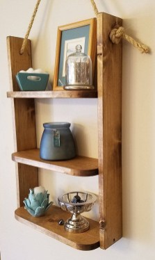 Cool Interior Design DIY Pallet to Beautify Wall Hangings of your Home 19