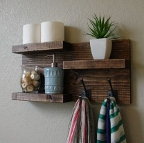 Cool Interior Design DIY Pallet to Beautify Wall Hangings of your Home 46