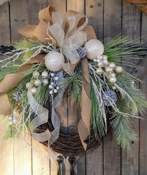 Fall Decorating Ideas For Outdoor Rustic Ornaments in a Cozy Home 09