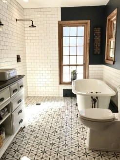 Majestic Bathroom Decoration to Perfect Your Dream Bathroom 53