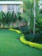 Mesmerizing Side Yard Landscaping Design Ideas to Perfect Your Garden Design 42