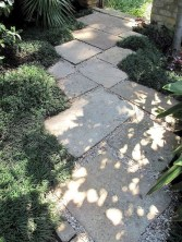 Mesmerizing Side Yard Landscaping Design Ideas to Perfect Your Garden Design 48