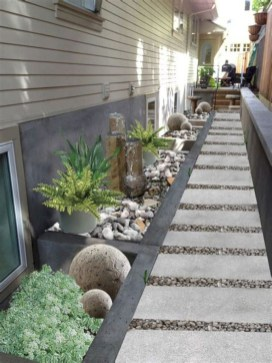Mesmerizing Side Yard Landscaping Design Ideas to Perfect Your Garden Design 60
