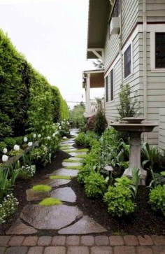 Mesmerizing Side Yard Landscaping Design Ideas to Perfect Your Garden Design 61