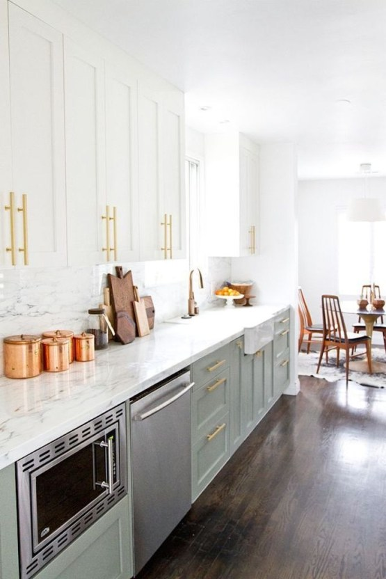 Most Amazing Kitchen Cabinet Makeover Design and Project 40