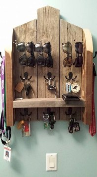 Superb DIY Wood Furniture for Your Small House and Cost-efficiency 28