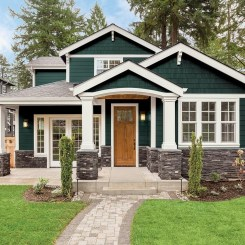 Variety of Colors Charming Exterior Design for Country Houses to Look Beautiful 11