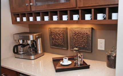 Best Coffee Bar Decorating Ideas for Your That Like a Coffee 37