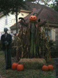 Best DIY Halloween Decorations To Perfect Your Outdoor Design 04