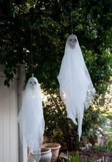 Best DIY Halloween Decorations To Perfect Your Outdoor Design 34
