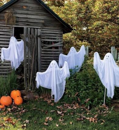 Best DIY Halloween Decorations To Perfect Your Outdoor Design 40