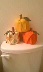Cozy Fall Bathroom Decorating Ideasl 13