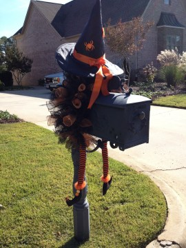 DIY Creepy Halloween Decorating Ideas Outdoors 08