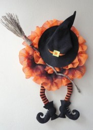 Easy and Cheap Halloween Decoration Ideas On a Budget 03