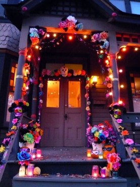 Easy and Cheap Halloween Decoration Ideas On a Budget 17