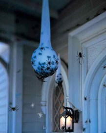 Easy and Cheap Halloween Decoration Ideas On a Budget 30